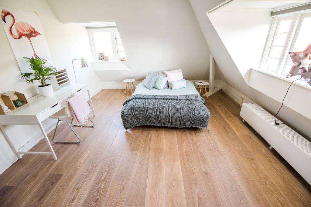 rechte planken Looijerstraat hero 3 portrait Echtparket eiken vloeren